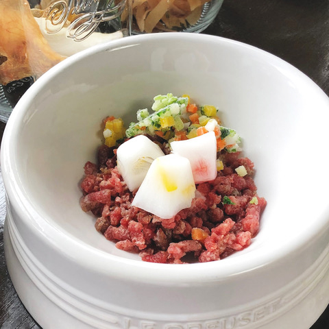 Today's Recipe/冷んやり馬肉とやぎみるくのアイスキューブ
