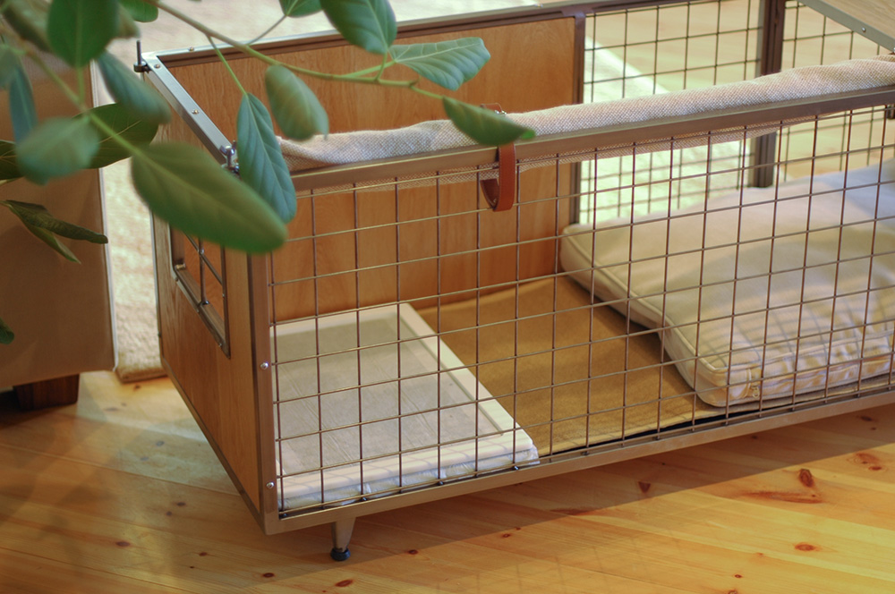 BOARD TYPE CAGE
